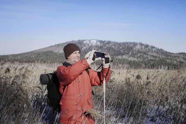 Александр Журавлёв почти ничего не видит, но это не мешает ему активно путешествовать и заниматься фотографией.