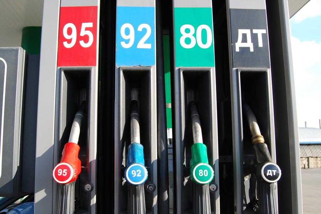 Выполнив ряд условий, граждане смогут проверить качество топлива, а в случае его несоответствия нормам, обратиться в надзорные органы