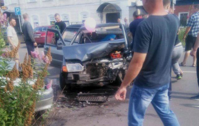 Воздушные шары спровоцировали аварию с тремя ранеными на Южном Урале
