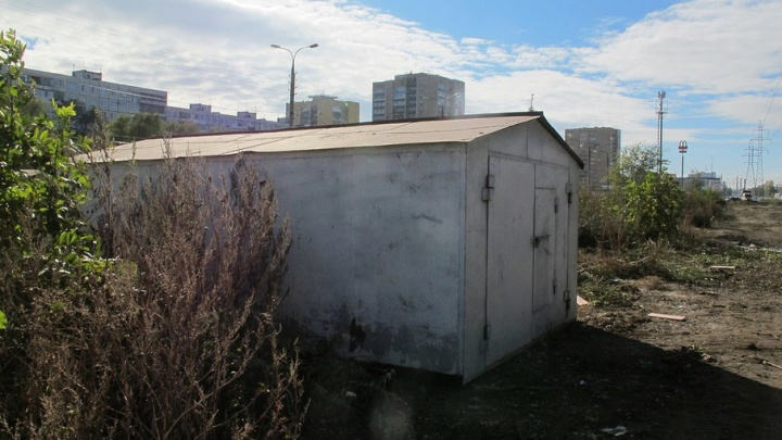 В Самаре политики предложили вывезти гаражи из дворов за город