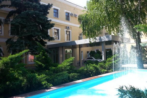 В мэрии Волгограда подыскали Краснооктябрьскому району бывшего полицейского и хозяйственника