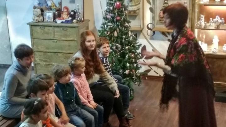 Ревизия детских ёлок: как происходит рождественское чудо в «медвежьем» музее