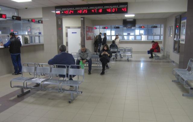 В Самарской области ГИБДД призывает граждан получать права через портал госуслуг