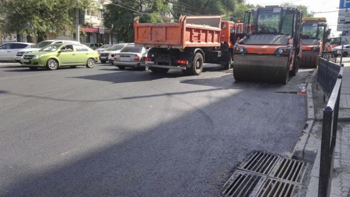 Улица Красноармейская встала в пробке из-за дорожных работ