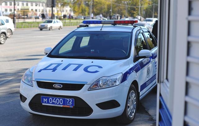 ГИБДД и судебные приставы будут ловить водителей-должников на тюменских трассах
