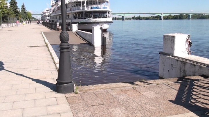 В Ярославле Волга поднялась на несколько десятков сантиметров: чем это грозит