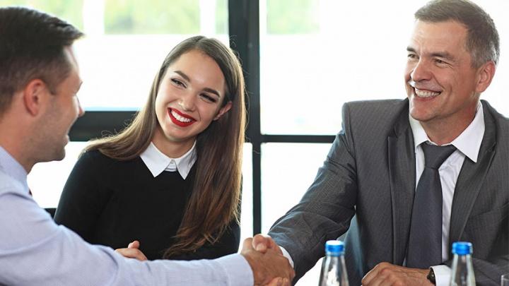 От юридического сопровождения до бизнес-встреч: ВУЗ-банк развивает нефинансовые сервисы