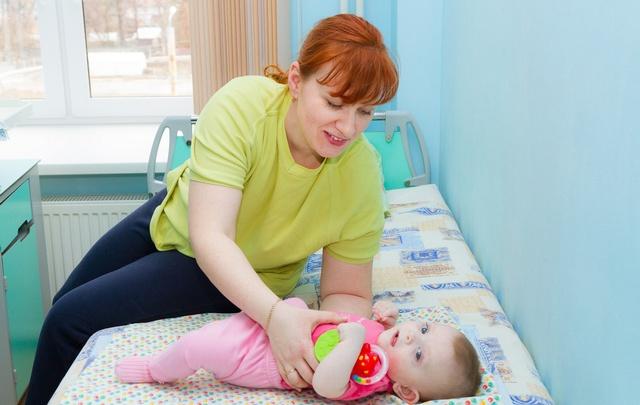 Дыши, малыш: челябинские врачи освоили новый метод лечения новорожденных