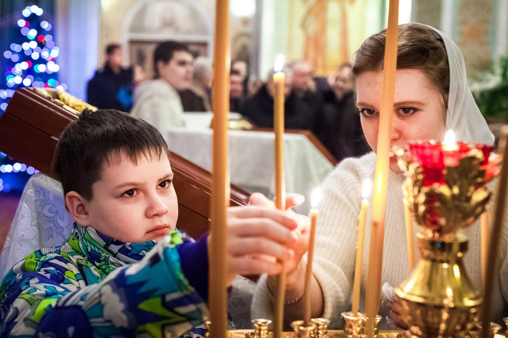 В храмы приходили и взрослые, и дети