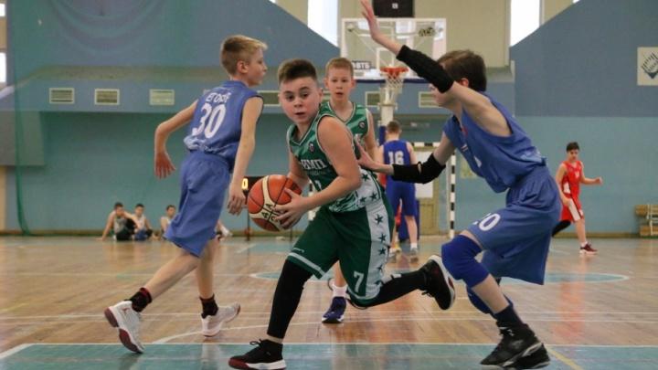 В Самаре прошел первый в 2018 году юношеский турнир по стритболу