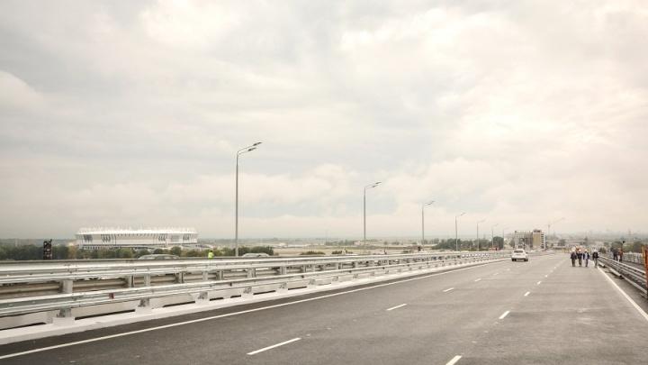 Движение по Ворошиловскому мосту откроют в сентябре