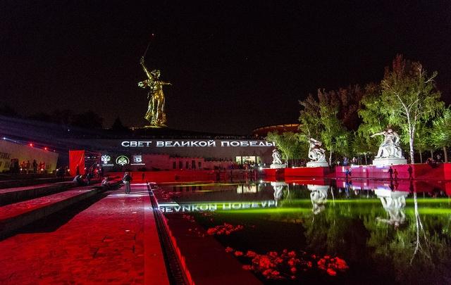 В День Победы Волгограду вновь покажут золотую «Родину-мать»