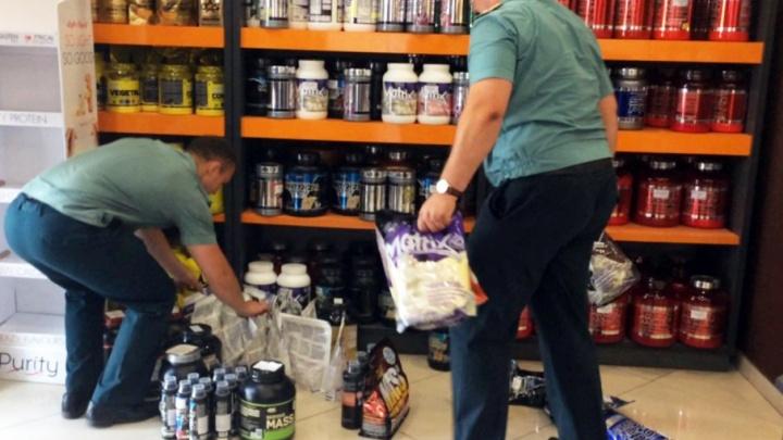Падение «Олимпа»: из магазина спортивного питания в Челябинске забрали товар на миллион