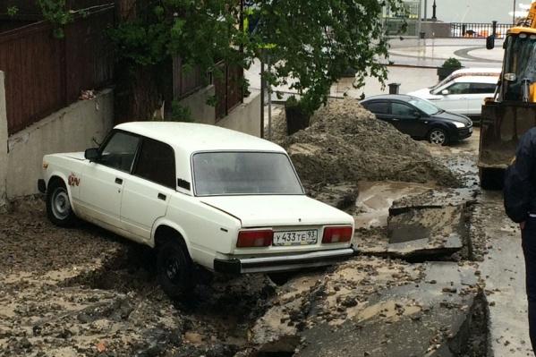 Осадки в Ростове принесли ростовчанам проблемы