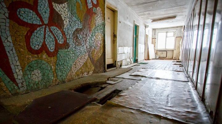В Волгограде еще один дом требует статуса аварийного