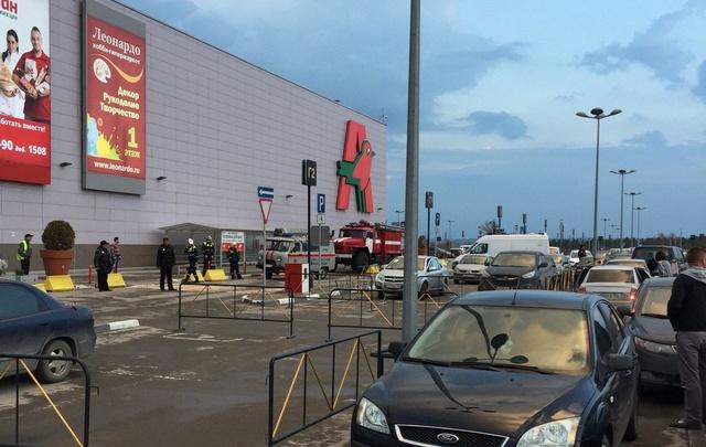 Полицейские задержали «минера» гипермаркета «Акварель» в Волгограде