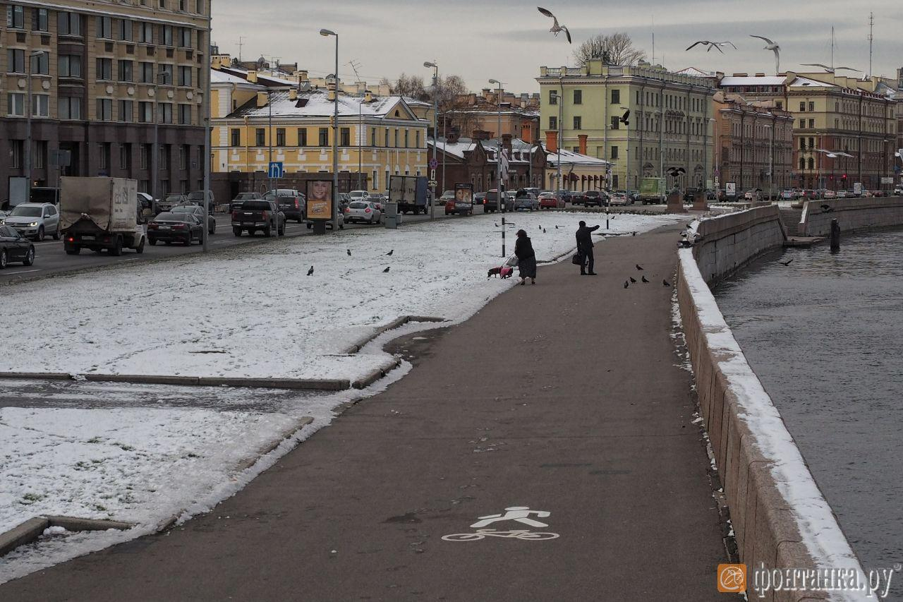 Угол Воскресенской набережной и Потемкинской улицы