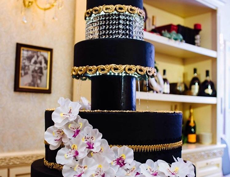 Первый торт с фонтаном