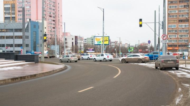 Освещение и троллейбусы вернут на Московское шоссе в январе