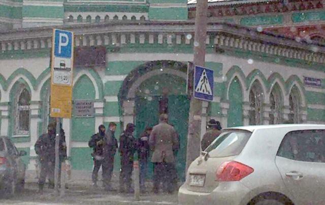 Сотрудники спецслужб вывели прихожан из пермской мечети