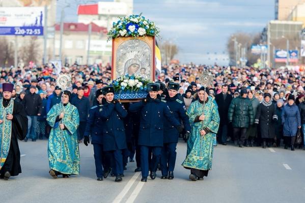 У верующих двойной праздник: День народного единства и Казанской иконы Божией Матери