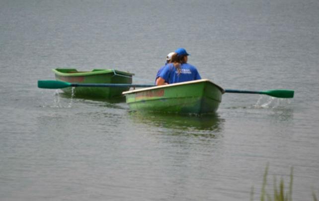 «Плачет и зовёт на помощь»: на озере в Челябинске спасли мальчика в лодке