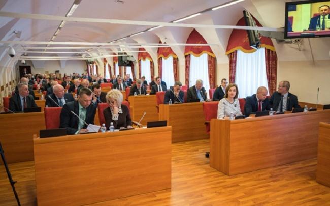 Тайные списки: кто из ярославских политиков уйдёт на пенсию, а кто придёт во власть