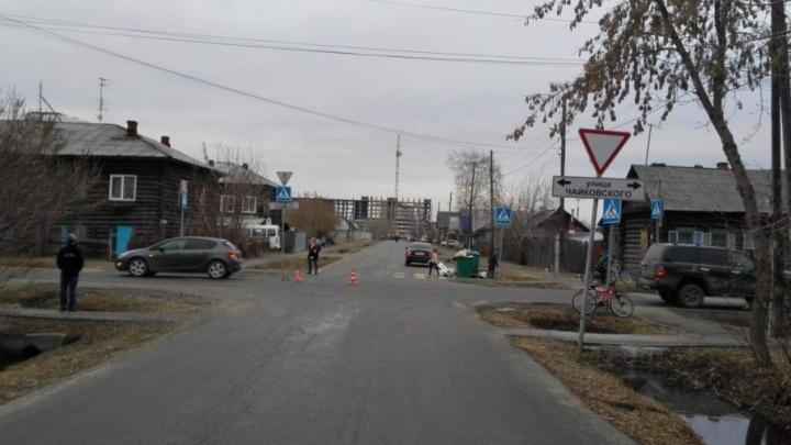 В Тюмени водитель Opel Astra сбил 15-летнюю школьницу на велосипеде