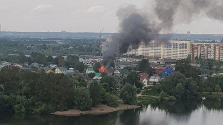 Пострадавшая на пожаре пермская девочка до сих пор ждет вылета в ожоговый центр Нижнего Новгорода