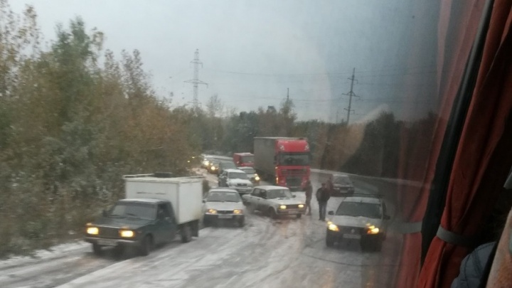 В ГИБДД предупреждают о проблемах с проездом через перевал Уреньга на трассе М-5