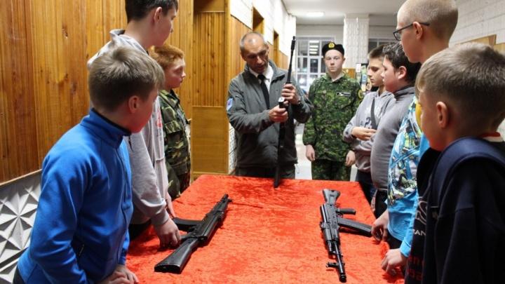 Архангельских школьников будут обучать поисковому делу бесплатно