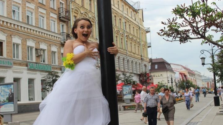 Жители Самарской области стали чаще жениться и реже разводиться