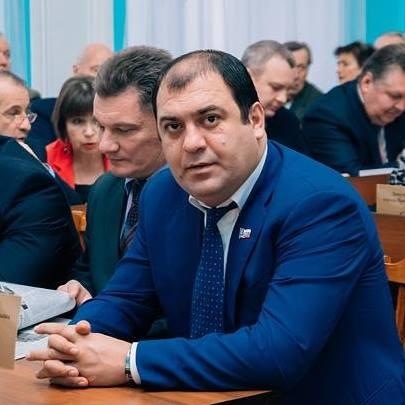 """Авдалян известен как """"главный"""" дорожник Ярославля"""