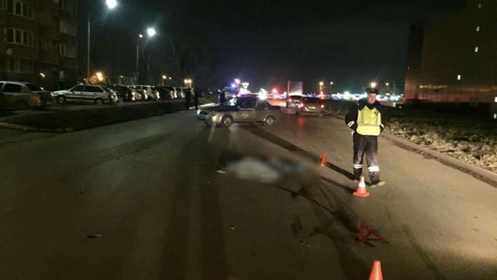 На Западном водитель насмерть сбил пешехода и скрылся с места происшествия
