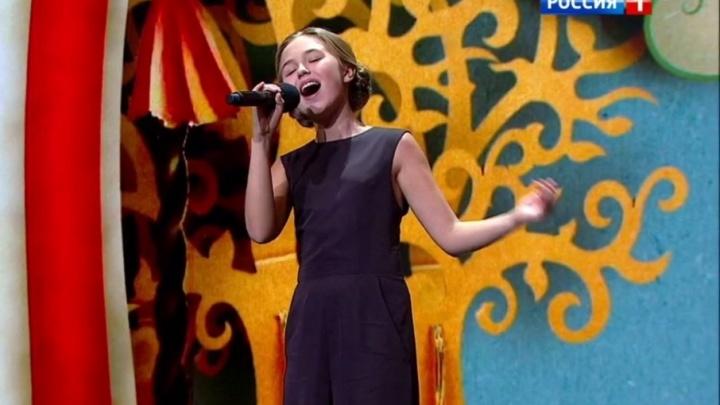 Семиклассница из Архангельска на всю «Россию» спела песню Уитни Хьюстон