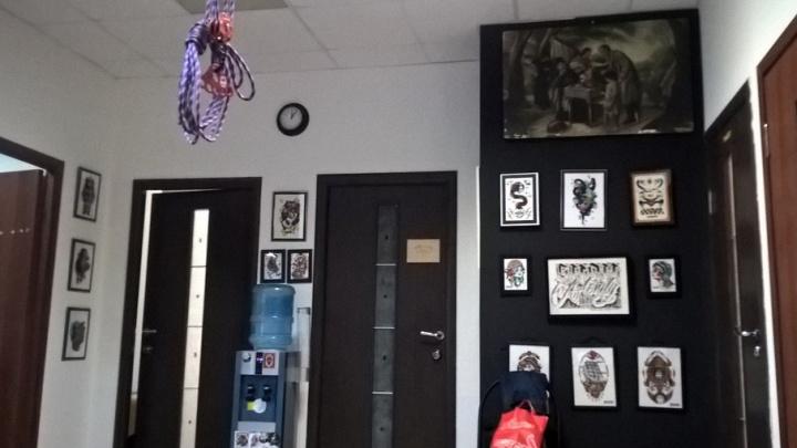 Бизнес на мазохистах: в Ярославле появилась новая услуга – «подвешивание»