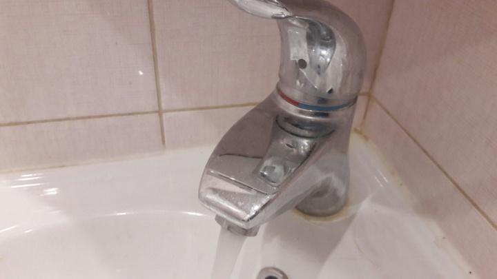 Администрация Архангельска: возобновление подачи горячей воды в дома началось