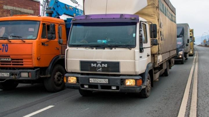 Запрещать въезд грузовиков в Самару хотят за сутки и в день проведения матчей ЧМ