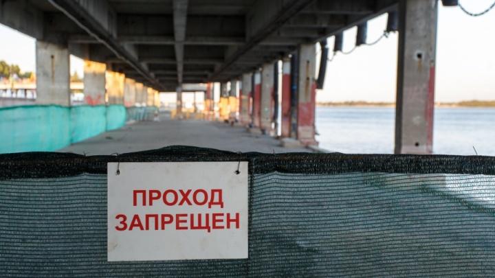 В Волгограде из причалов набережной вымыли тонны песка
