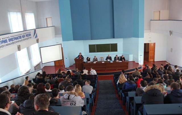 Студентов ВолгГТУ приглашают строить карьеру на «Красном Октябре»