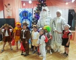 Нефтяники поздравили ребят из детских домов Пермского края