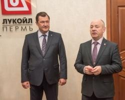 Олег Третьяков получил награду от МЧС России