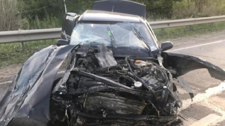 Заехал под прицеп: под Самарой водитель Daewoo Nexia столкнулся с грузовиком на встречке
