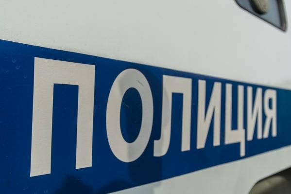 Мужчину задержали сотрудники полиции и ППС