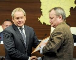 Виктор Басаргин поздравил с юбилеем Общественную палату края