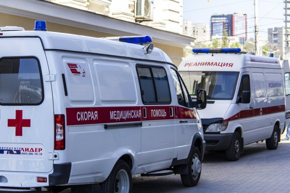 Пострадавшего на скорой помощи отвезли в больницу