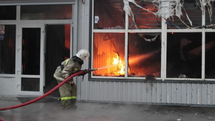 Ростовские пожарные проверят более 100 рынков после ЧП на «Атланте» и «Темернике»