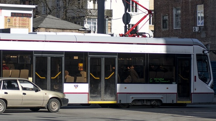 Жители Западного микрорайона с понедельника смогут объехать пробки на трамвае №10