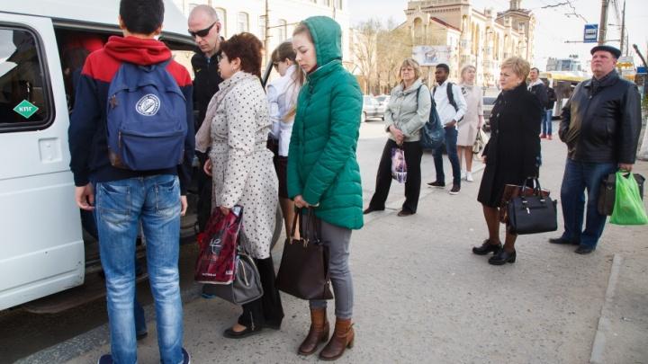 В волгоградской маршрутке разгорелся скандал из-за ребенка