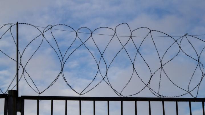В Поморье осудили уголовника-рецидивиста, который проблемы решал поножовщиной